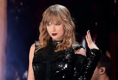 taylor swift reputation tour full concert taylor swift s reputation tour see full setlist after