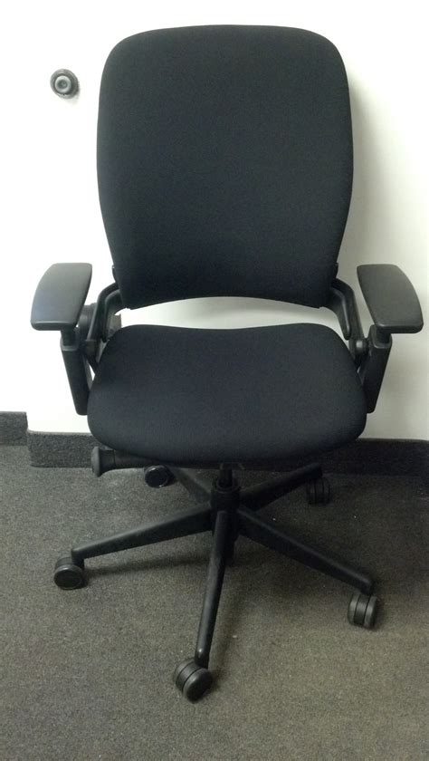 steelcase leap chair executive liquidation quality