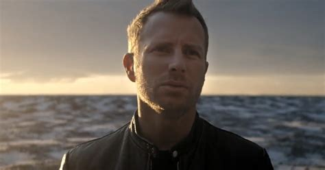 rapper cassidy bentley see dierks bentley s gorgeous black video rolling stone