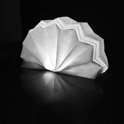 Origami Light Fixture - sustainable orgami lights yanko design