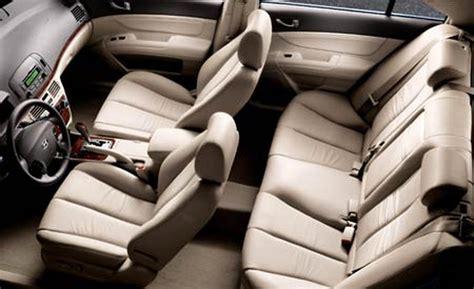 2006 Hyundai Sonata Interior by Car And Driver