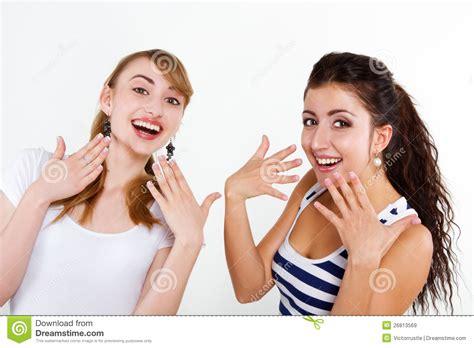 imagenes mujeres felices amigos hermosos de las mujeres felices im 225 genes de archivo