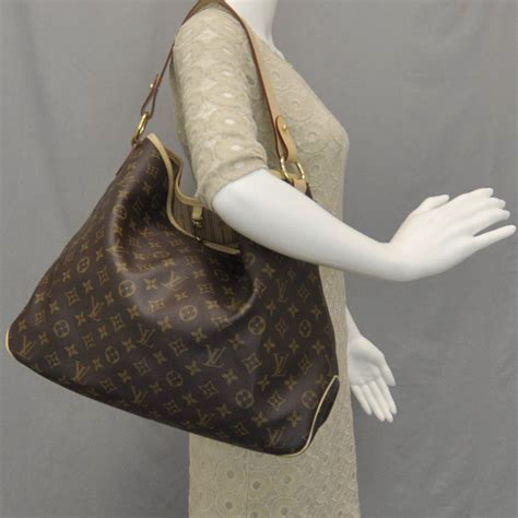 Rosie Gets In The Ring With Louisvuitton by Louis Vuitton Monogram Delightful Mm 33154