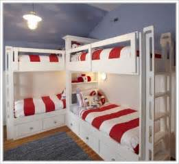 Corner Bunk Bed Plans 17 Best Ideas About Corner Bunk Beds On Bunk Beds For Boys Bunk Beds For And