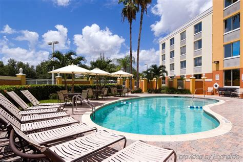 inn miami inn express miami airport doral area miami