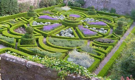 Herb Garden Plan parterre gardening britannica com