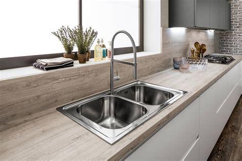 top cucina grigio cucine con il piano in laminato cose di casa