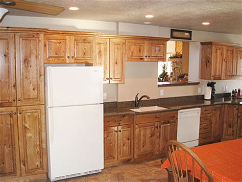 Knotty Oak Kitchen Cabinets Knotty Oak Kitchen Cabinets 8 Best Knotty Alder Cabinets Images On Kitchen