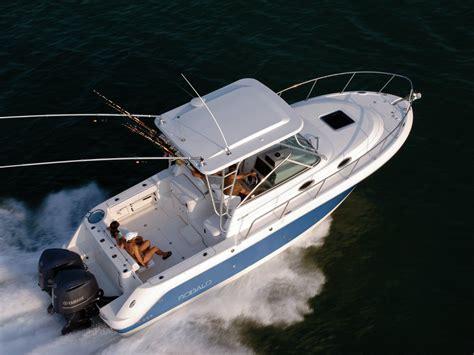 robalo boats walkaround new robalo r305 cuddy walkaround power boats boats