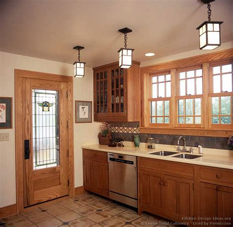 arts and crafts kitchen design arts and crafts style casual cottage