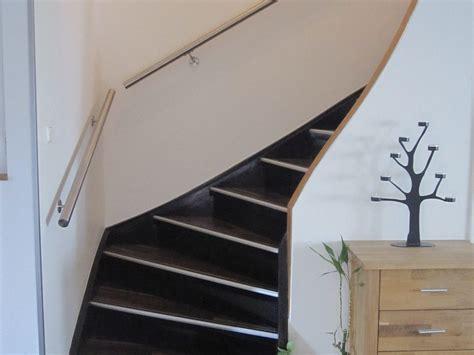 handlauf treppe edelstahl handlauf f 252 r ihre treppe designen jetzt auf