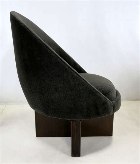 Pair Of Swivel Egg Chairs On Cruciform Bases At 1stdibs Swivel Egg Chair