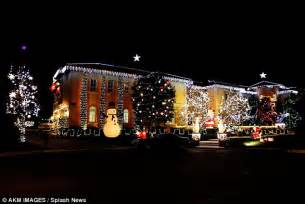 christmas lights in the san fernando valley gets into spirit transforming california mansion into a grotto daily