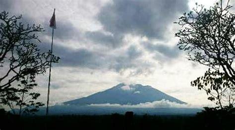 detiknews gunung agung bali beauty of eruption gunung agung bali cargo bali