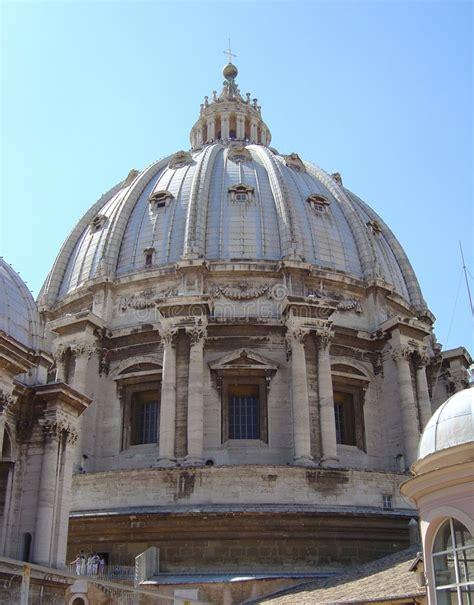 la cupola di san pietro cupola di san pietro fotografia stock immagine di pietro
