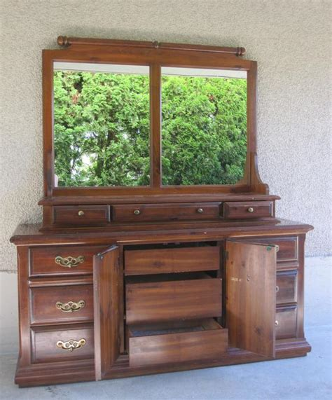bedroom hutch dresser solid wood kroehler vintage dresser credenza hutch bedroom