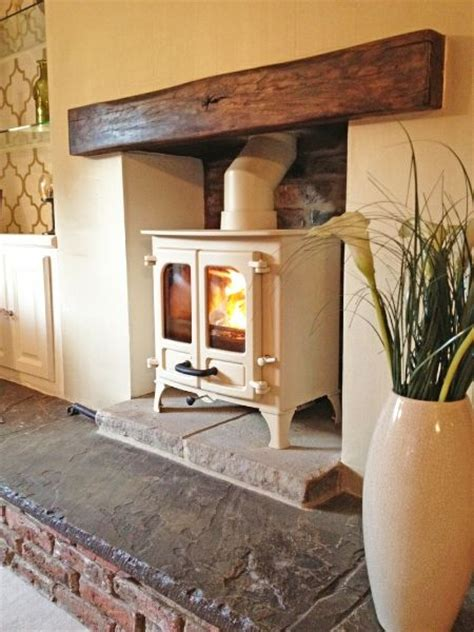 Fireplace Island by 25 Best Ideas About Wood Stove Hearth On Wood