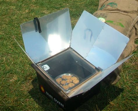 diy solar project www homegrown org 187 archive diy solar cookers a few projects www homegrown org