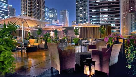 chicago s 10 best rooftop bars food purewow chicago