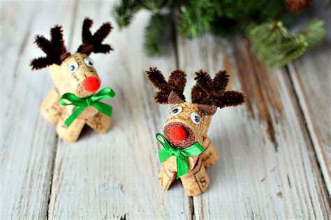 how to make a dog cork ornament sew can do end of november craftastic monday link