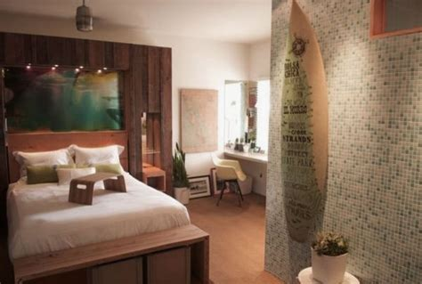 surf bedroom ideas ocean surfboard bedroom walls