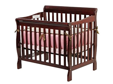 Aden Convertible 3 In 1 Mini Crib The Dom Family On Me 3 In 1 Aden Convertible Mini Crib
