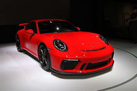 porsche 911 new york international auto show