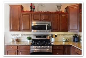 tile borders for kitchen backsplash harris happiness new kitchen backsplash