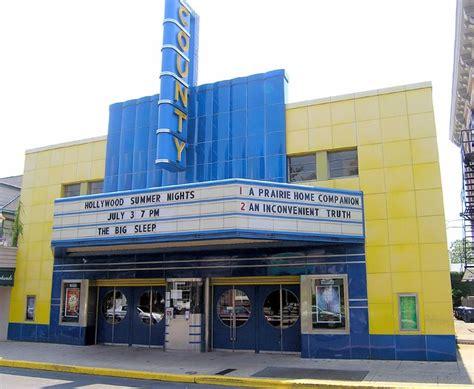 p   fashioned  theater