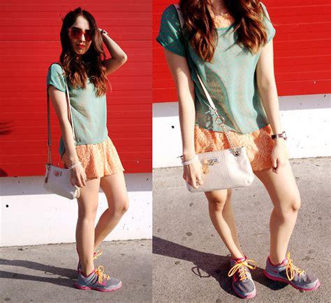 Thania Blouse by Thania Sg Agaci Blouse Pull N Dress Dkny Bag