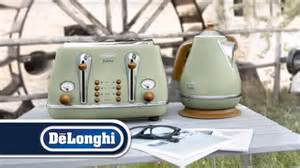 Green Kettle And Toaster De Longhi Vintage Icona Kettle And Toaster Breakfast Set