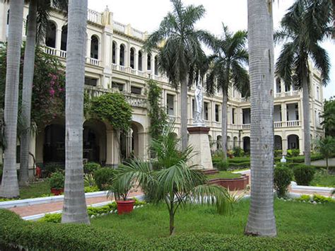 Loyola Chennai Part Time Mba by Top 3 Colleges In Science Arts And Commerce In