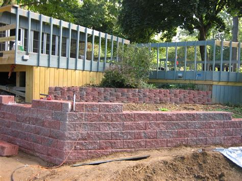 Retaining Wall Corners More Progress On The Retaining Wall Welcome To Corny S