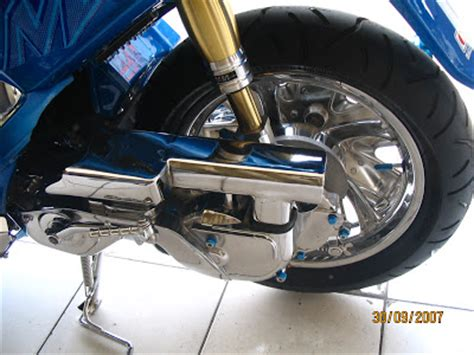 Shock Motor Mio Sporty yamaha mio sporty modification