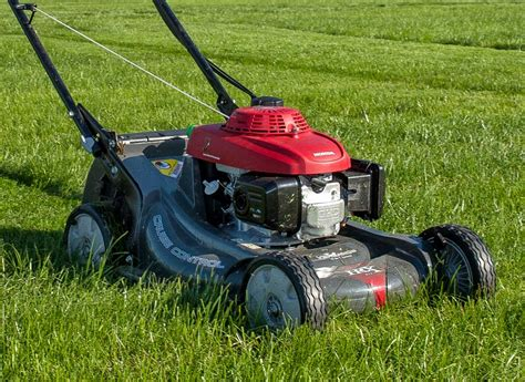 tips  maintaining lawn mowers  cutting effectively mvs ottawa