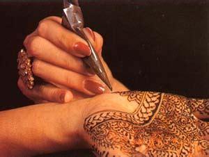 henna tattoo application process image gallery mehendi application