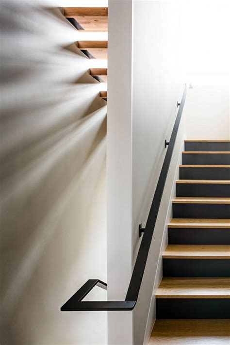 Escalier Bois Et Noir by D 233 Co Escalier Des Id 233 Es Pour Personnaliser Votre Escalier