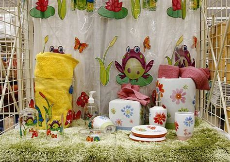 anna linens bathroom sets anna s linens opens o c store while rivals file for