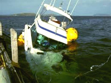 sinking boat florida marine surveyors boat yacht cargo and insurance marine