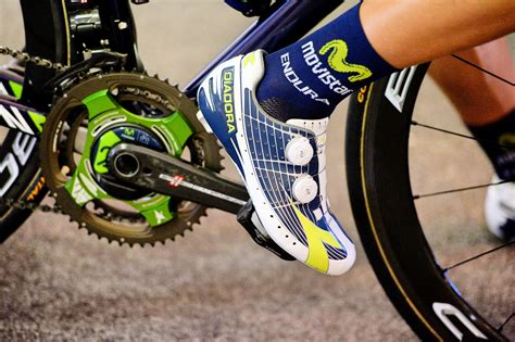 bike shoes for clipless pedals buyer s guide which clipless pedal system shou