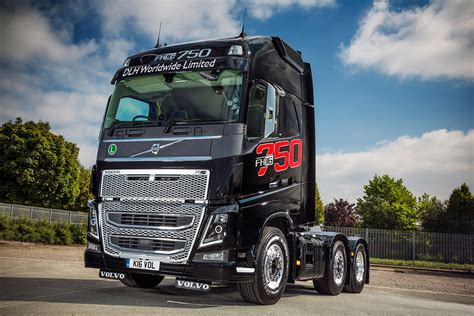 volvo truck 2016 mike boyd caroline gardner and their volvo fh16 750