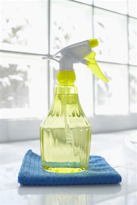 cleaning ideas 50 cleaning tips and tricks easy home cleaning tips