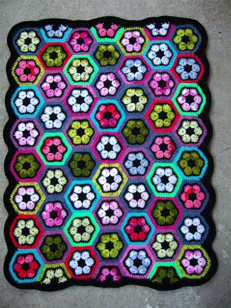 Selimut Patchwork Motif Purple Flower 94 best crafts crochet images on crafts
