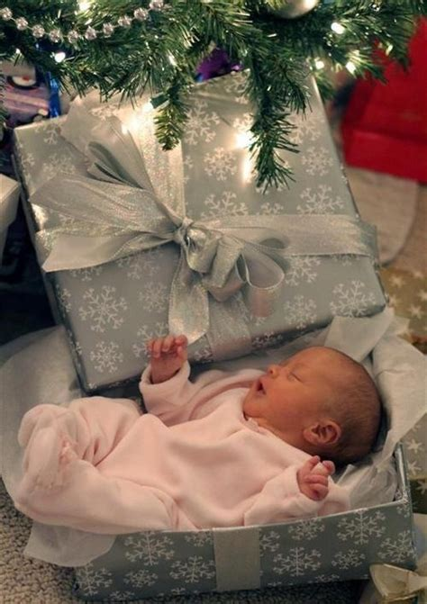 perfect baby gift baby christmas photo ideas pinterest