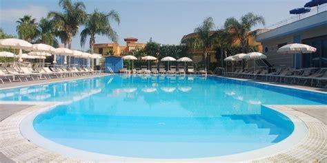 hotel con in napoli hotel con piscina vicino napoli premiere hotel