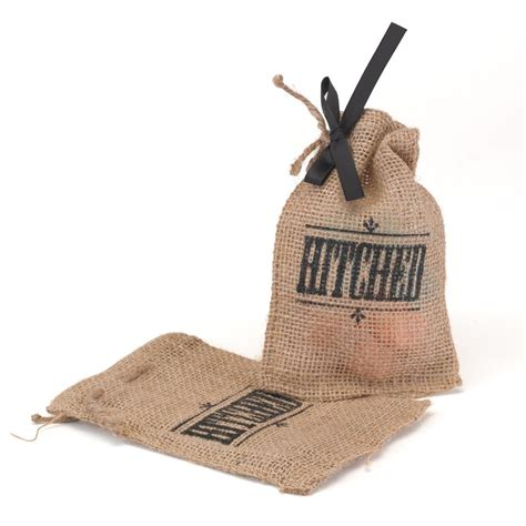 Wedding Favor Bags by Hitched Burlap Wedding Favor Bag Cake Weddings