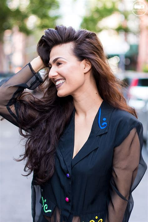 haircuts for women to hide hearing aids haircuts for women to hide hearing aids womens short