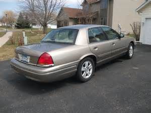 2003 ford crown pictures cargurus