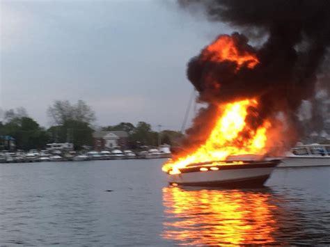 explosion on a boat wusa9 boat explosion in southern maryland sends 1