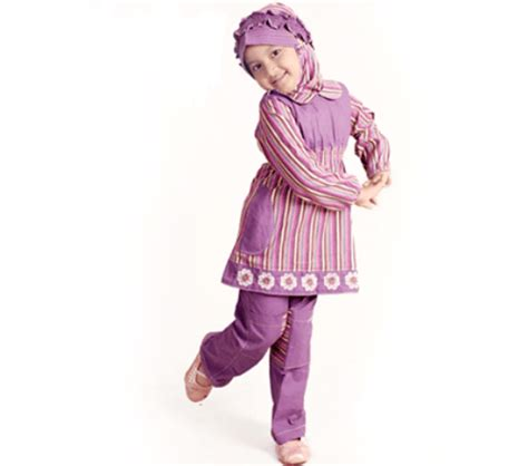 Celana Pendek Pans Rok Anak Perempuan gaya model baju muslim anak zaman sekarang